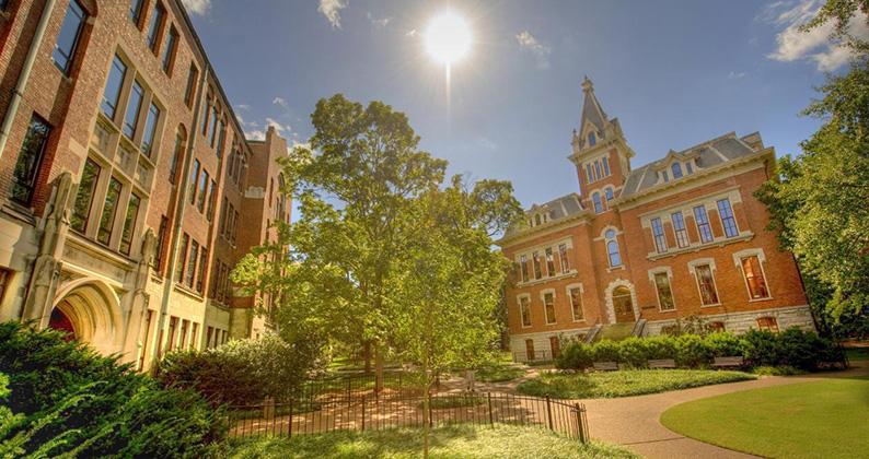 Colleges <highlight class='highlight-lighter'>&</highlight> Universities